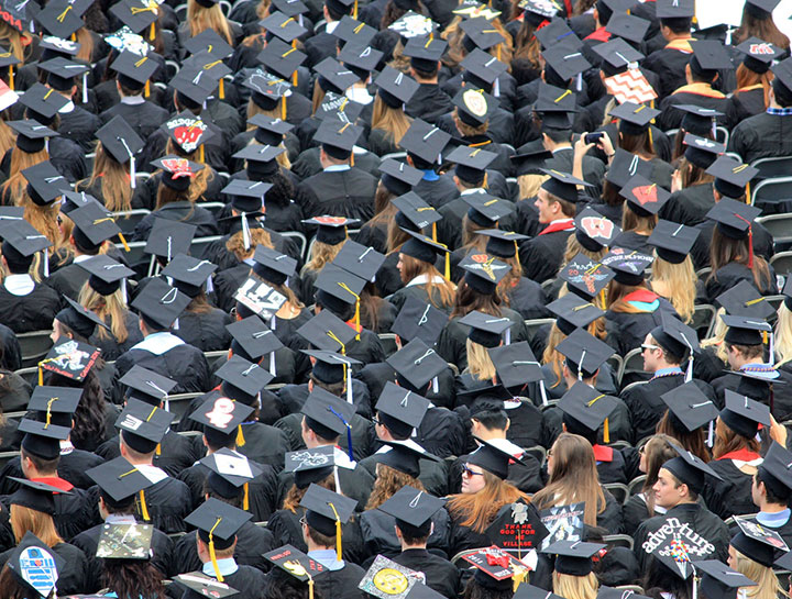 A large clustered group of students on their graduation day.