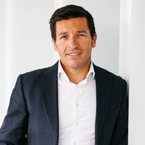 Webinar speaker for navigating the changes and trends that are reshaping the Business School industry with Julio Villalobos, CXO Strategic Advisor, Education Cloud, Salesforce